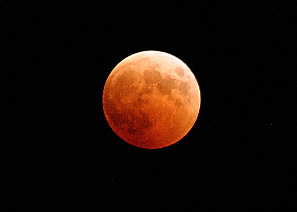 Eclissi di Luna - Sicilian Post