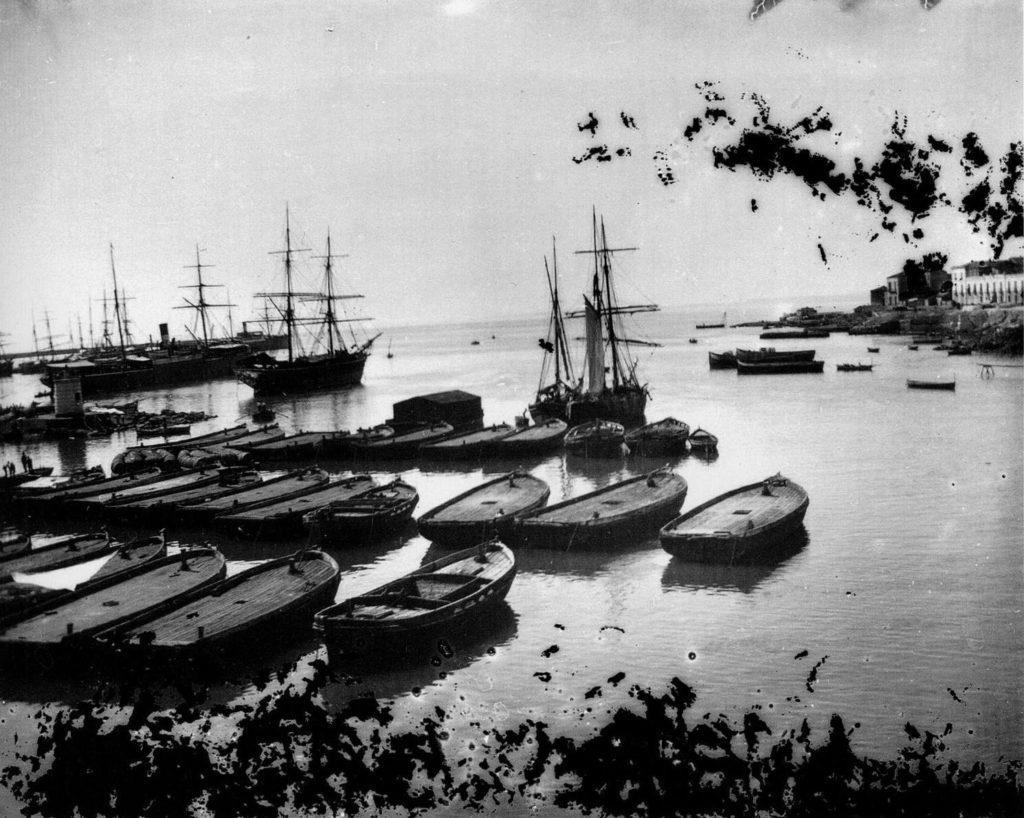 Il porto di Catania fotografato da Verga