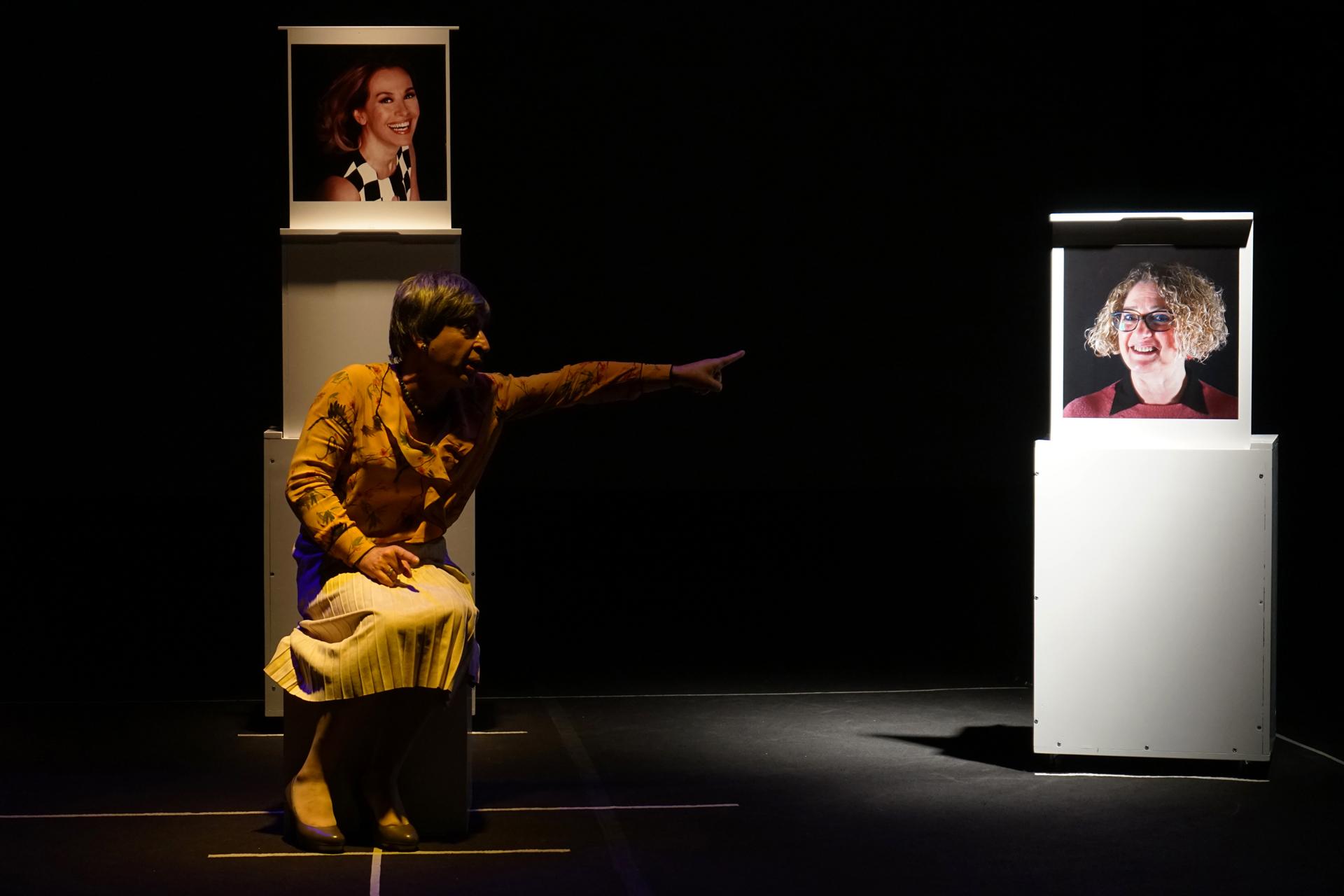 La veglia, foto di scena dello spettacolo di Filippo Luna