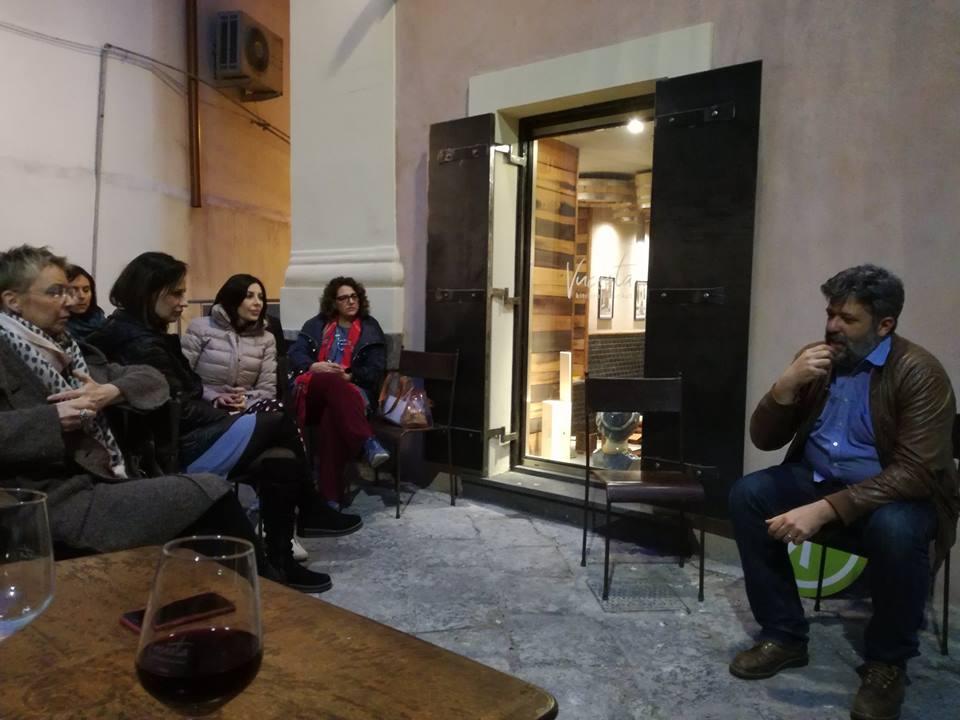 Daniele Zito dialoga con i presenti